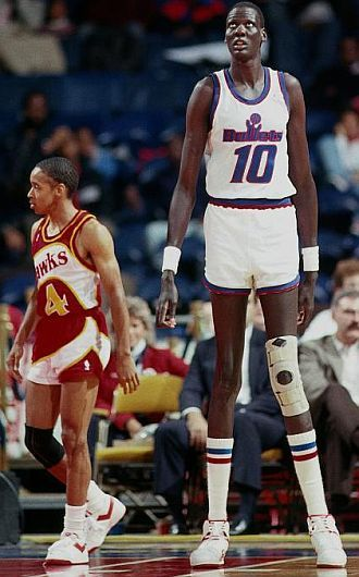 Décès du géant soudanais Manute Bol à 47 ans