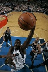 Diop au rebond hier nuit photo NBA.COM