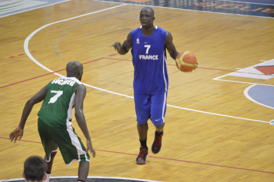 SECOND MATCH AMICAL SENEGAL-FRANCE A' (63-64) : Abdoulaye Mbaye, le «faux frère», fait plier les «Lions»