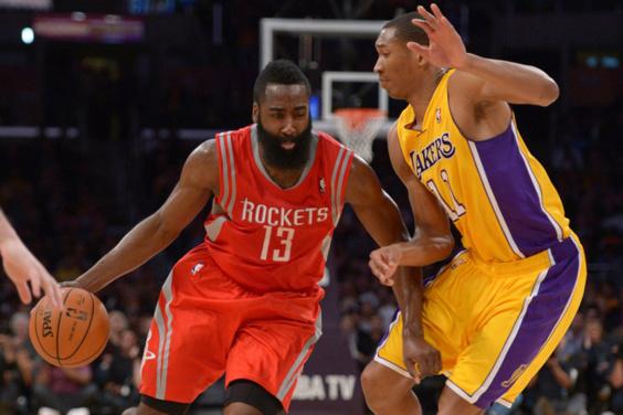 NBA - San Antonio s'impose dans la douleur, les Lakers sombrent déjà