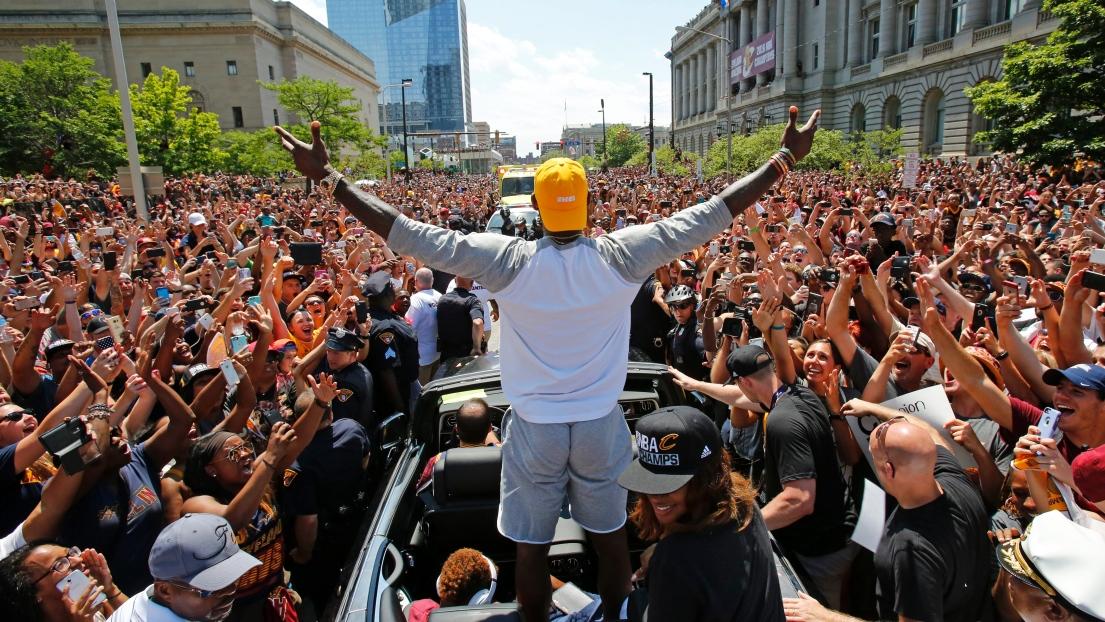 LeBron James est nommé l'athlète masculin de l'année par Associated Press