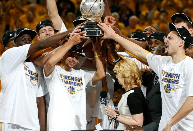 NBA - Golden State élimine Houston et rejoint Cleveland en finale