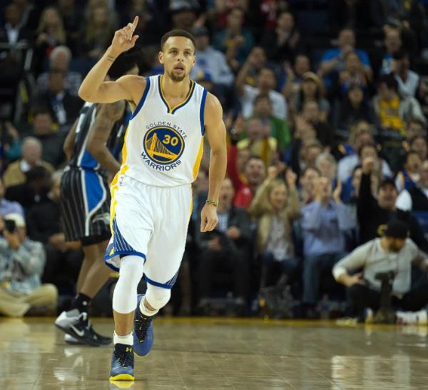 NBA RESULTATS DE LA NUIT :Les Warriors de Golden State s'offrent une 45e victoire de suite à domicile et un record