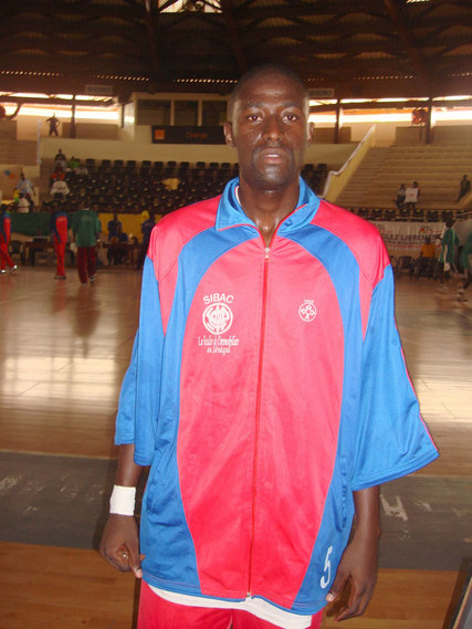 """""""Ass"""" Massamba NDIAYE (Sibac) meilleur marqueur du match avec21 points  (4/4 à 3 points)"""