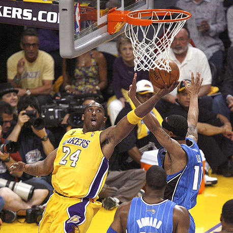 (VIDEO)NBA FINALES 2009 -GAME 1 : Les Lakers vitesse grand V