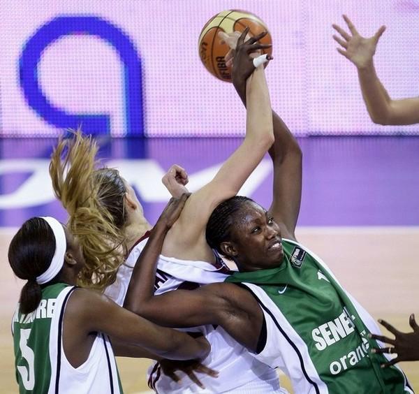 FRANCOPHONIE 09 : Le Sénégal accéde en Finale en battant la France 74-59