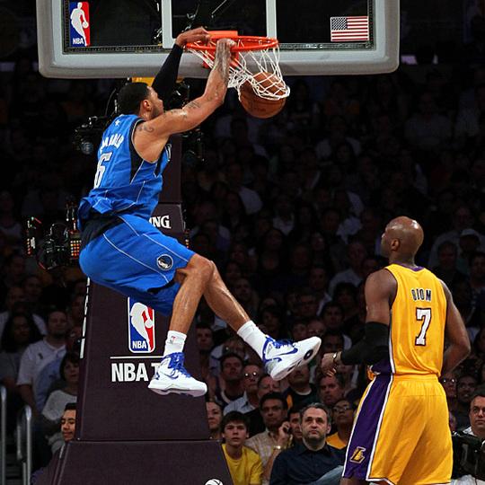 NBA PLAYOFF 2éme Tour - Les Lakers s'écroulent, les Bulls se relèvent