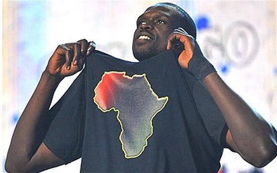 [NBA] – All Star game 2012 : Luol Deng sanctionné pour avoir rendu hommage à l'Afrique ?
