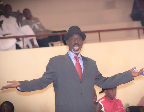 (PHOTO REPORTAGES)Bamba Dieng un coach , un style