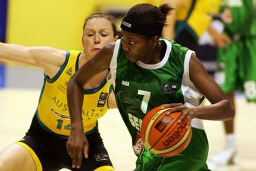 Aya Traoré face à l'Australie - photo FIBA