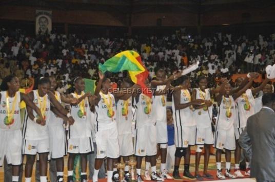 Primes au basketball et au handball : Les sportifs méritants récompensés