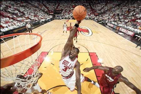 Ben Wallace en Action - photo NBA