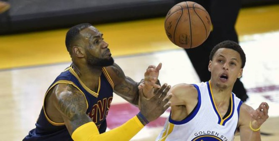 Golden State résiste à LeBron James