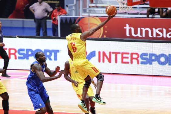 Le Cameroun enfonce le Gabon lors de la 5ème journée de l'AfroBasket 2015