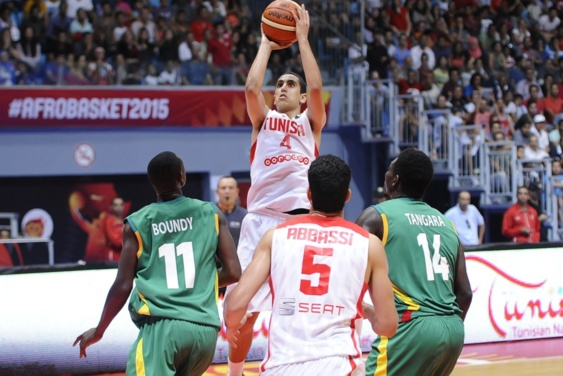La Tunisie, hôte de l'Afrobasket dommine le Mali et se qualifie pour les demi-finale
