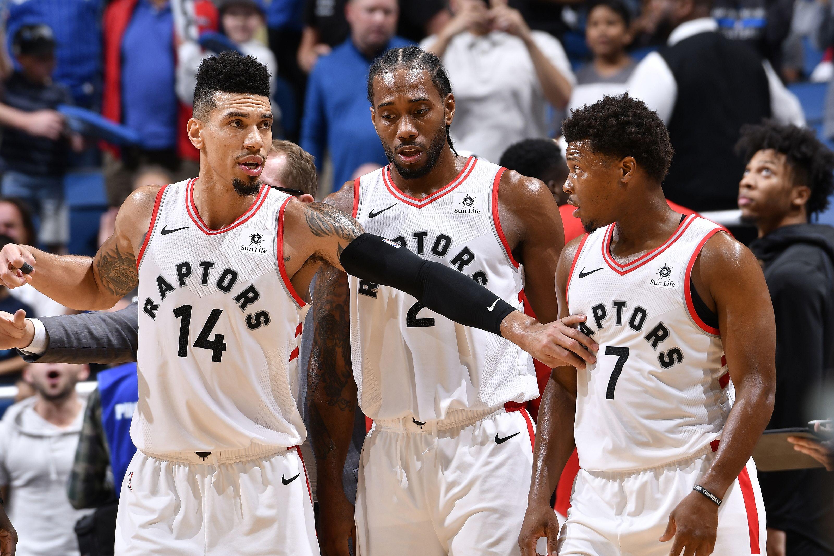 Kawhi Leonard porte les Raptors vers la victoire face aux Jazz
