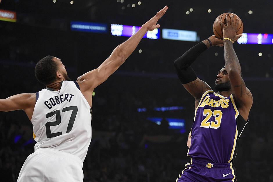 NBA RESULTATS DE LA NUIT:Les Lakers de LeBron James l'emportent et lancent enfin leur saison