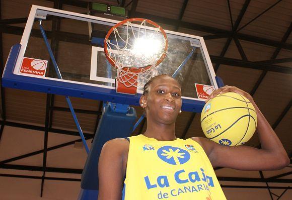 ESPAGNE : Astou Ndour MVP 2013/2014 de la ligue fémine Espagnole