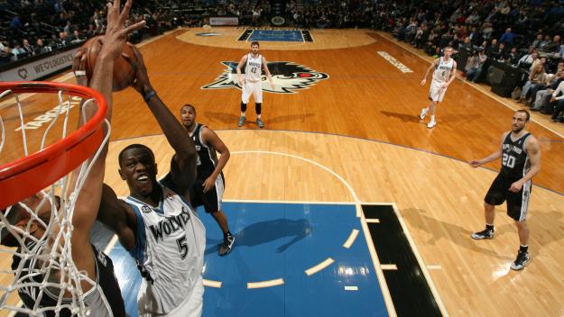 NBA - Les résultats de mardi,encore un double double pour Gorgui (15 pts et 12 rbds)