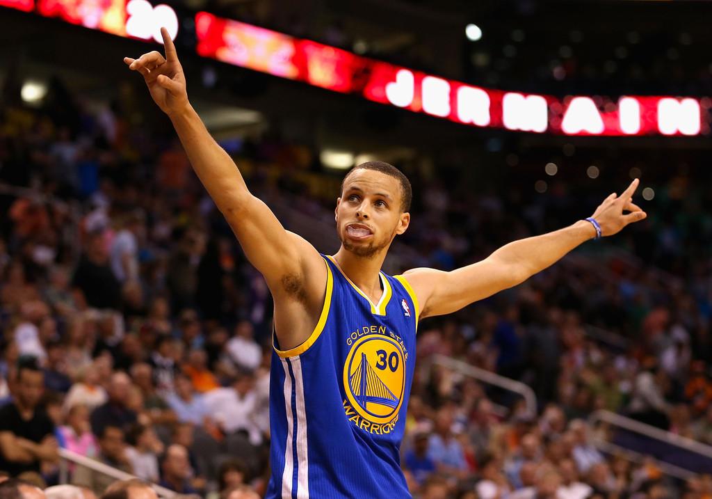 NBA : 5 choses à savoir sur Wardell Stephen Curry II, MVP de la saison régulière