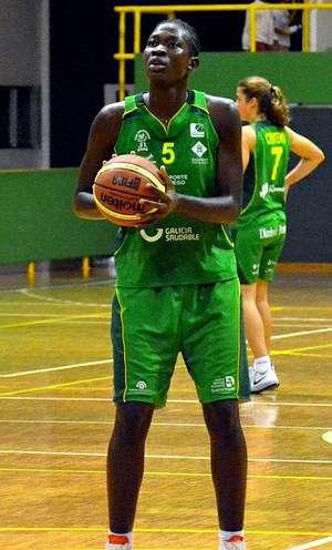 Maïmouna Diarra rejoint le Primeiro de Agosto
