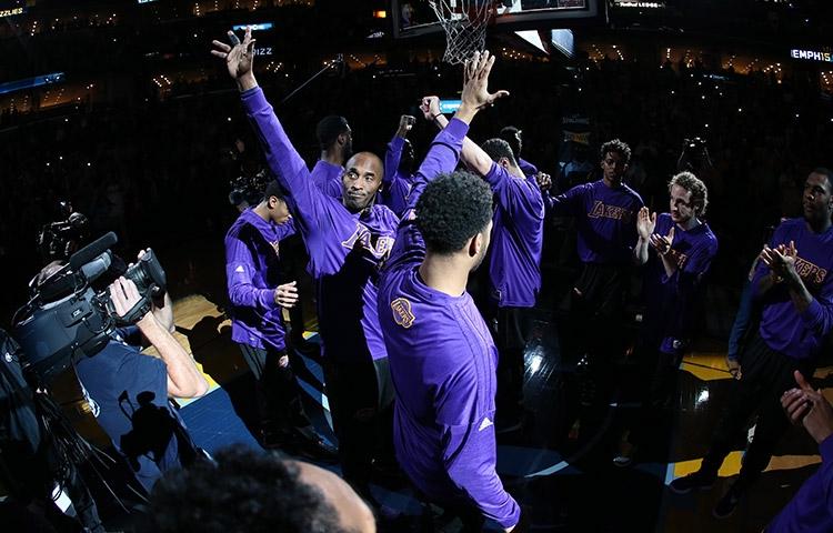 NBA : Les Raptors gâtent la soirée de Gorgui Dieng (21 pts , 8 rbds , 3 passes et 2 contres) et les adieux de Kobe à Memphis