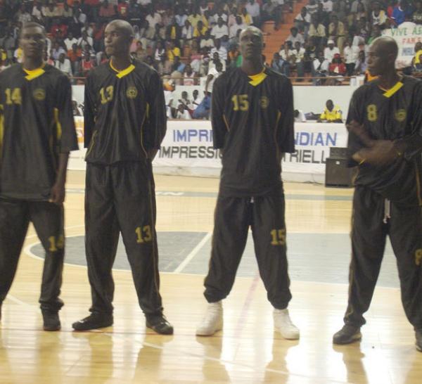 Le Dakar Université club double la mise