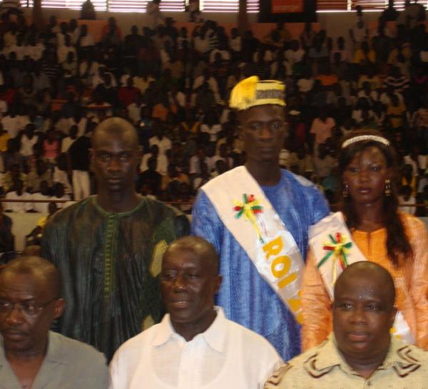 El Hadj Malick Gadiaga de l'Ascc Bopp et Ndèye Sène honorés
