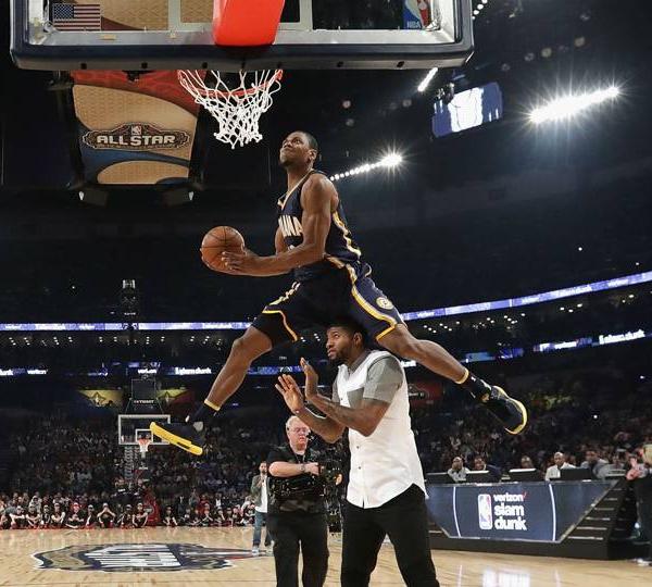 NBA ALL-STAR GAME SATURDAY:Glenn Robinson III remporte une concours de dunk de faible niveau