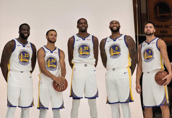 NBA : Demarcus  Cousins pourrait débuter Vendredi avec les Warriors