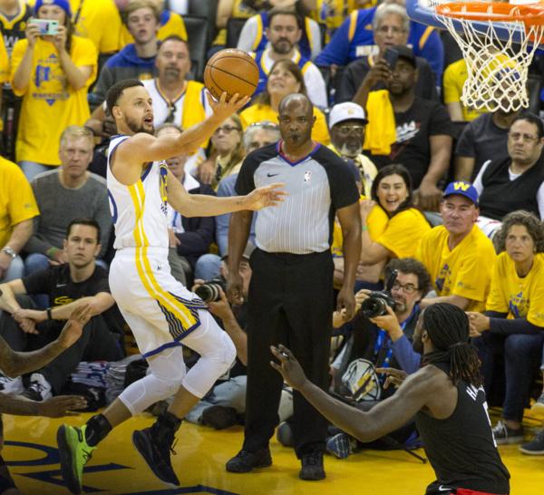 NBA: Golden State fonce, faux départ pour Toronto et Philadelphie