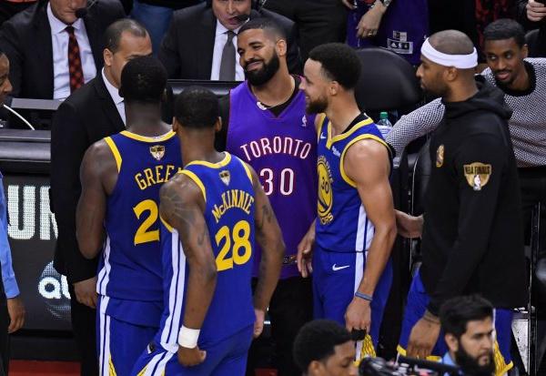 NBA FINALS 2019:Quand le rappeur Drake chambre les joueurs de Golden State après la victoire de Toronto