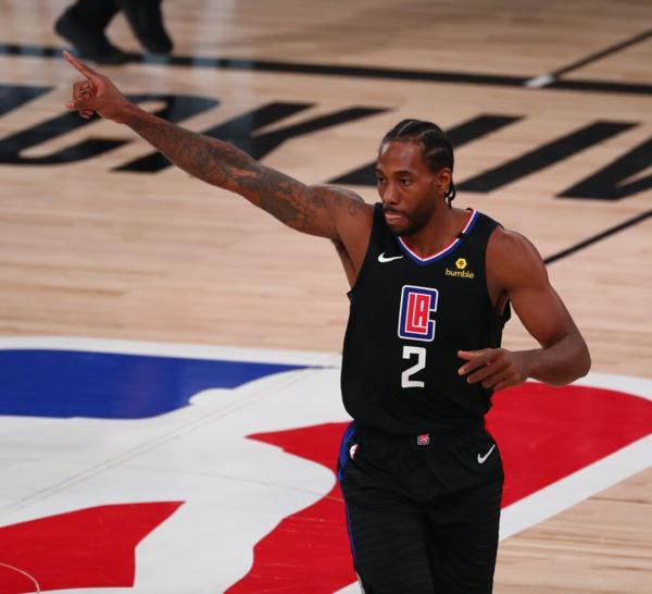 NBA PLAYOFFS : Kristaps Porzingis expulsé, dans un revers des Mavericks  face au Clippers